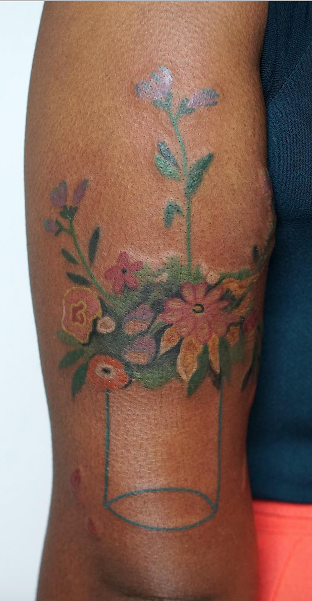 10 Beautiful Tattoos For Dark Skin To Turn Yourself Into A Piece Of Art Tattoos That Look Good On Dark S Dark Skin Tattoo Brown Tattoo Ink Skin Color Tattoos
