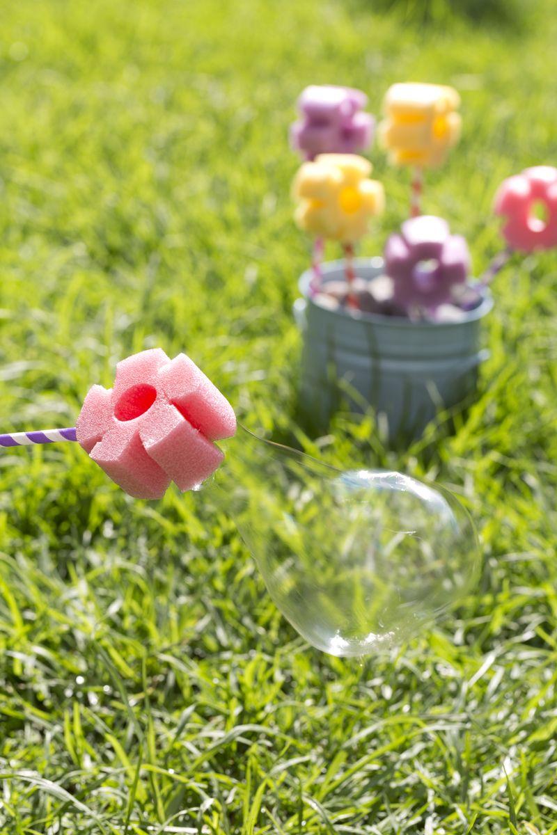 Cómo hacer unas Burbujas de Flores | Pinterest | Burbujas, Consentir ...