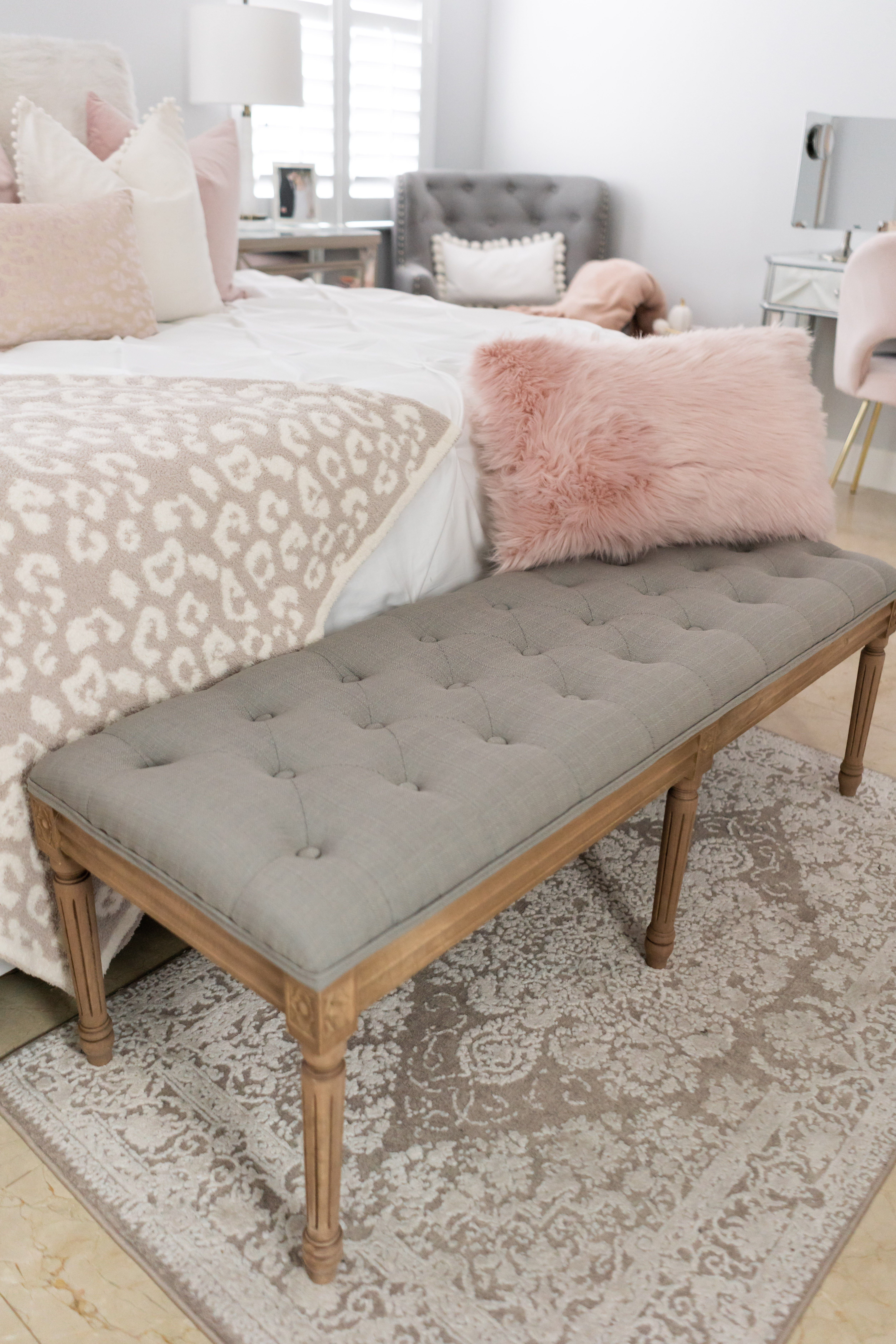 How To Make Your Bedroom Cozy Upholstered Bench Bedroom