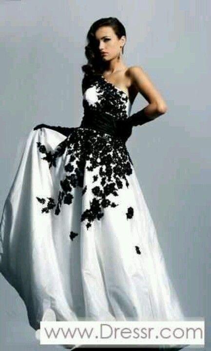 Black flowers wedding dress   Wedding   Pinterest   Wedding dress ...