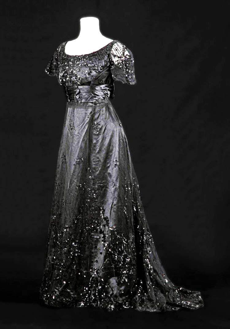 Evening gown ca musée de la mode albifacebook page early