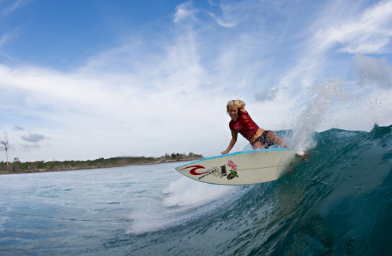 """""""Love is bigger than any tidal wave of fear."""" ~ Soul Surfer *"""