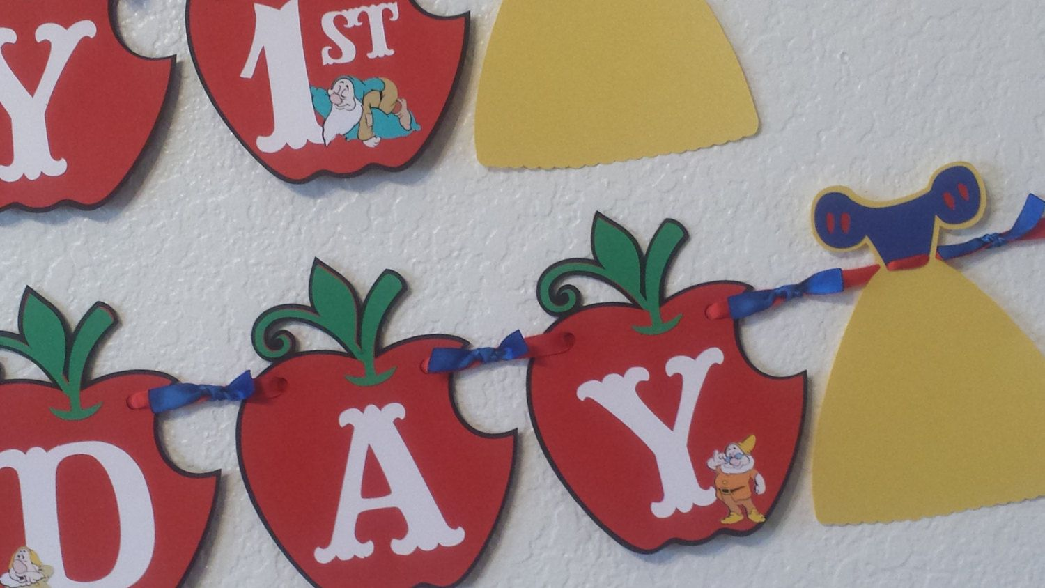 Snow white Banner, Birthday Party Banner, Snow White Party Decorations, Apples Banner by CnCpartycreations on Etsy