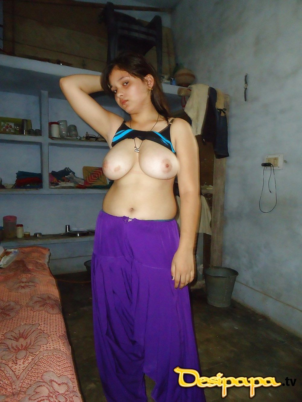 sexy skinny mature woman nude
