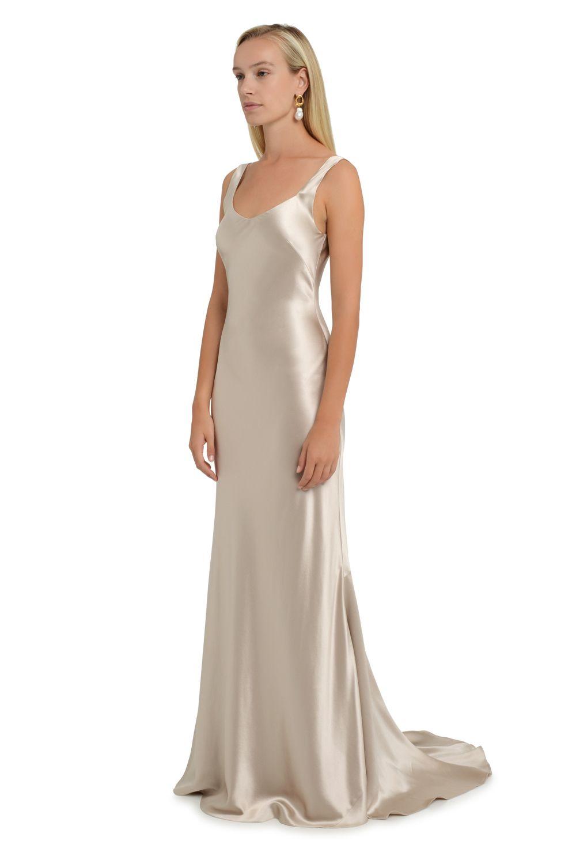 Simple Colored Wedding Dresses Dressy Dresses For Weddings Check More At Http Svesty Com Simple Colored Wedding Dresse Wedding Dresses Gowns Pretty Dresses [ 1311 x 736 Pixel ]