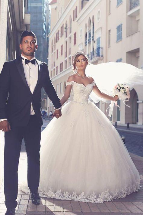 778bb6b75 Romantisch Weiß Brautkleider Mit Spitze Schulterfrei Prinzessin Tüll ...