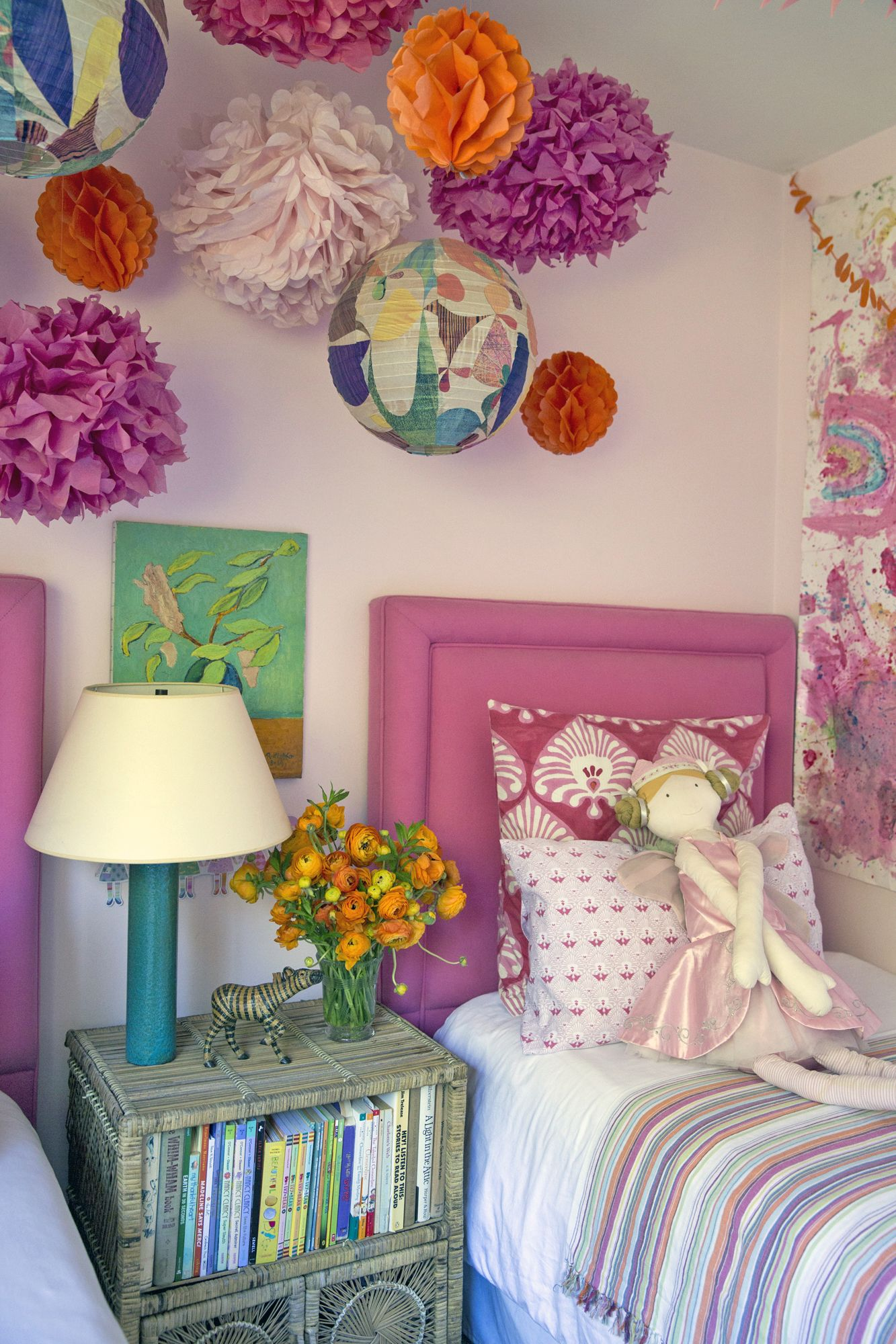 Design Your Room Virtual: Pink Headboard, Decor, Kids Room