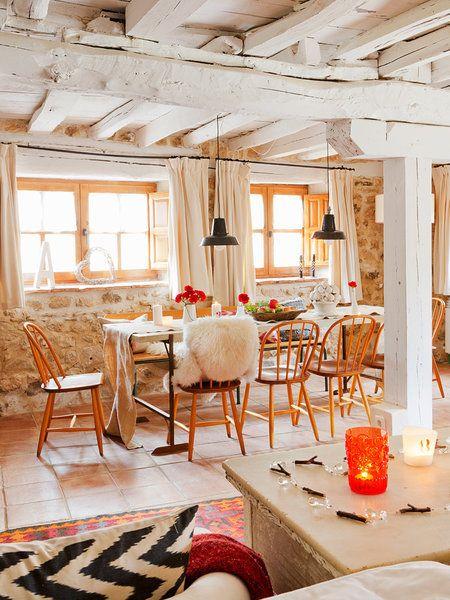 Une maison de campagne en pierre et bois (PLANETE DECO a homes world - maison en bois et en pierre