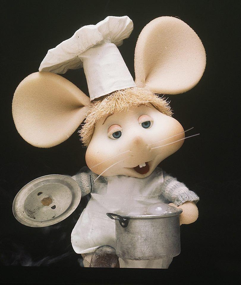 Topo Gigio, se pone a cocinar.   gigio   Pinterest   Torten