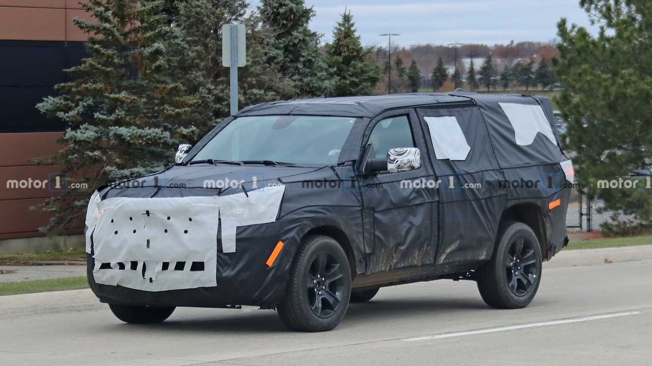2021 Jeep Wagoneer Spied For The First Time Jeep Wagoneer Jeep Jeep Grand