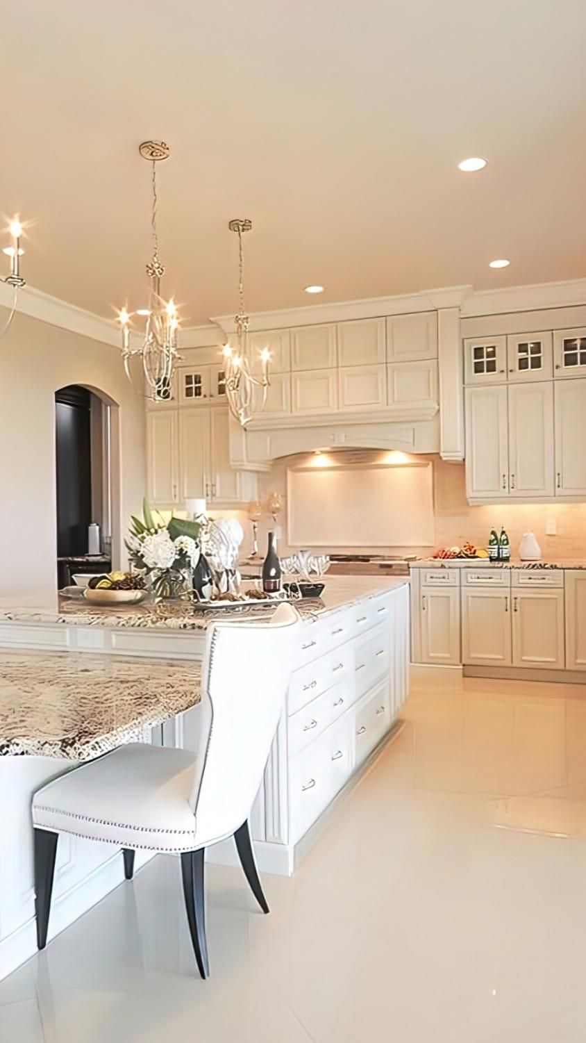 Kitchen with cooking / spices? Yes, please! I'm obsessed !! This is my dream kitchen