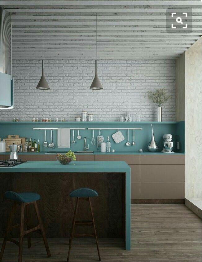 Resultado de imagen de cocina pared marron muebles turquesa