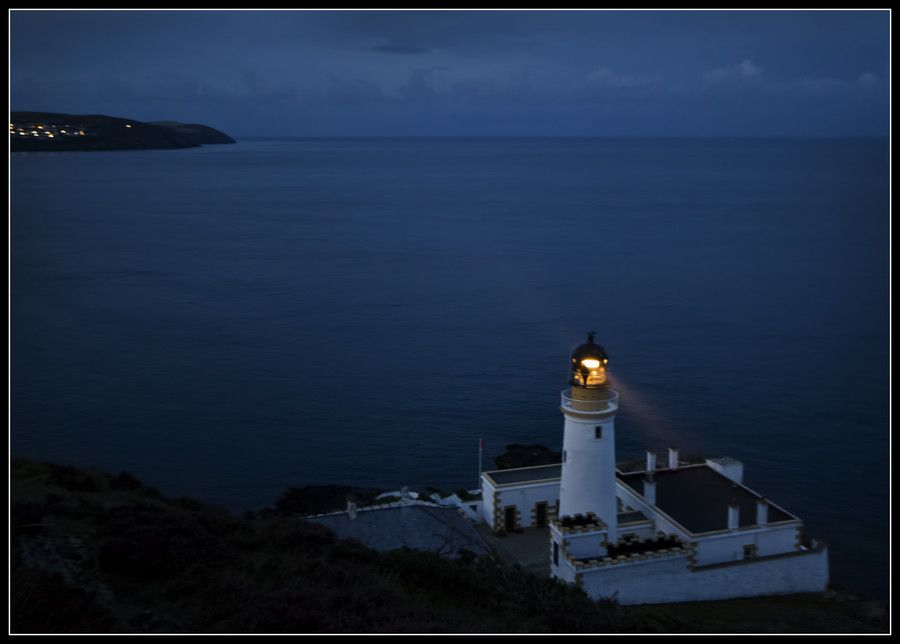 Douglas Head Lighthouse by Night by Claire S on 500px