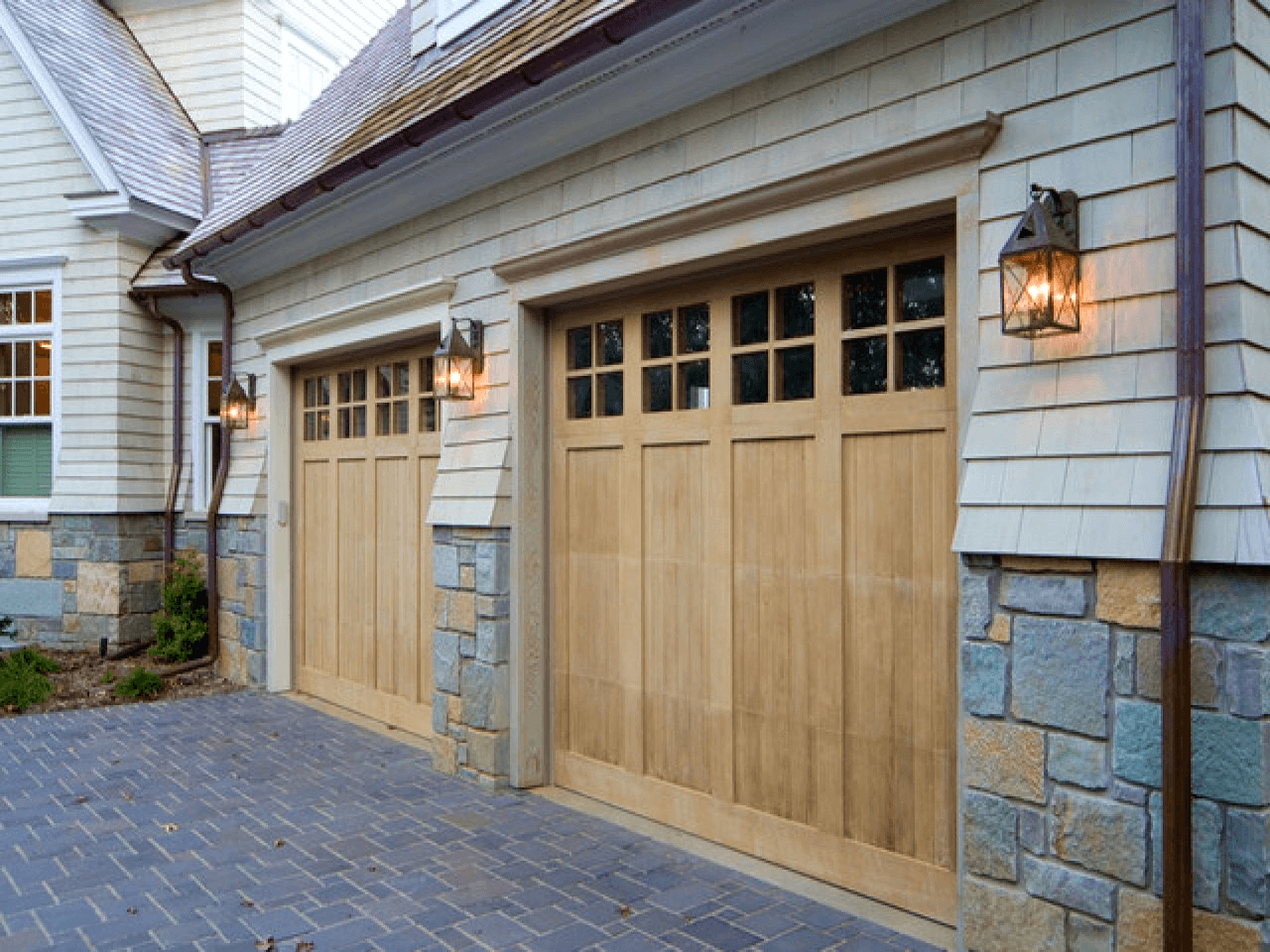 Motivation Landscape Lighting In This Newest Residence Garage Is