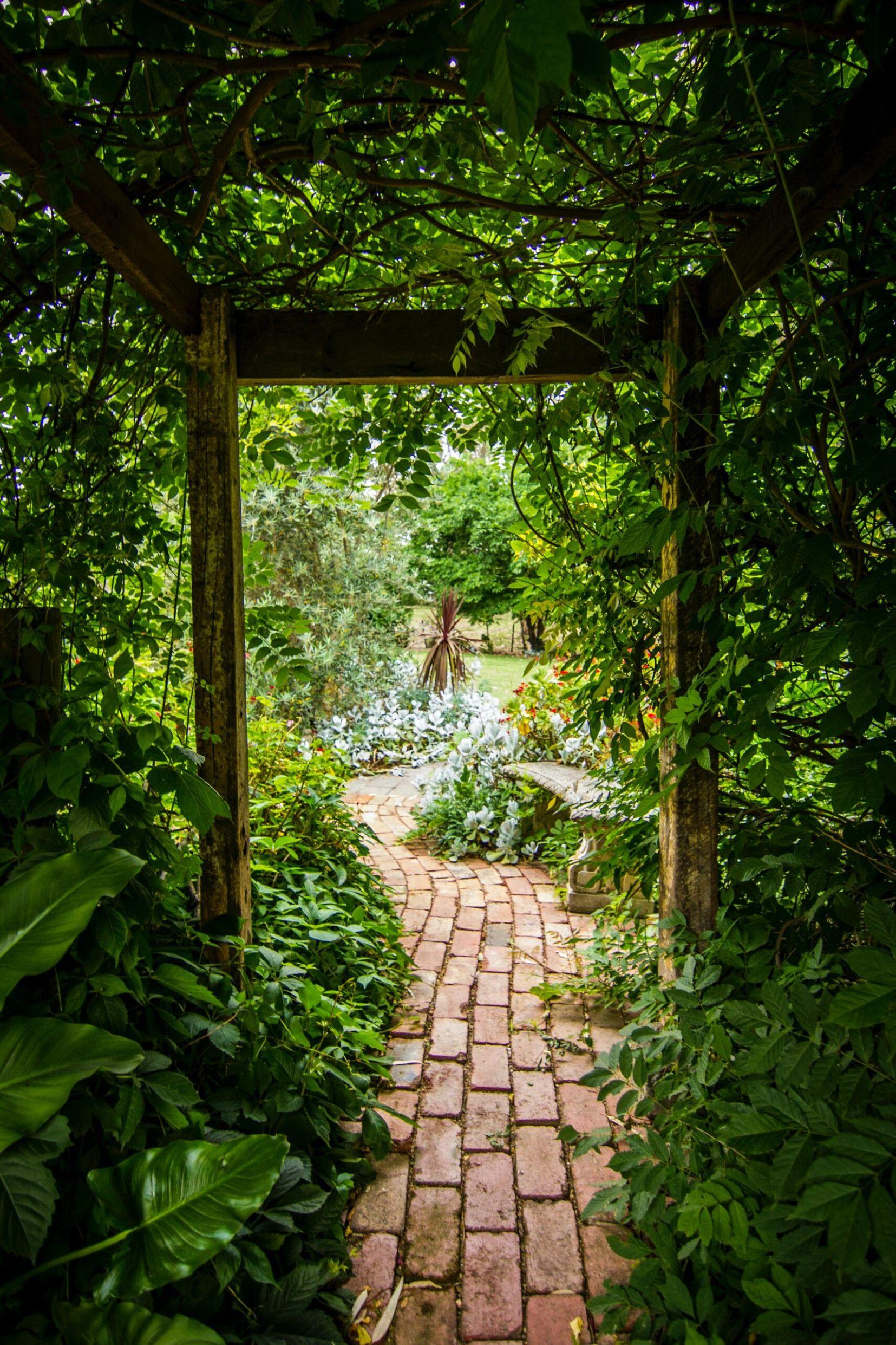 Die Hangenden Garten Der Semiramis Zu Babylon