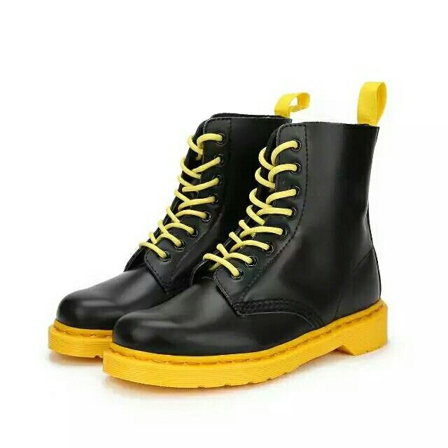 How about this one? Black+Yellow!