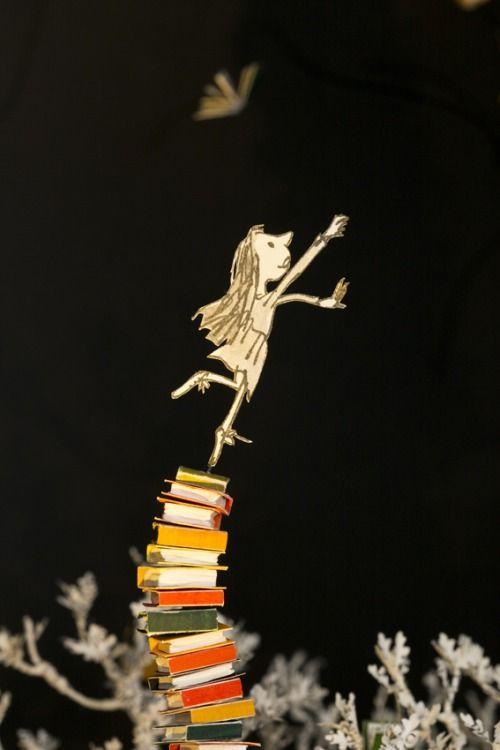 jedavu: Adorable Book Sculpture of Matilda, The Roald Dahl...