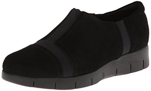 Clarks Womens Daelyn Plaza FlatBlack Suede95 M US *** Check out the image by visiting the affiliate link Amazon.com on image.