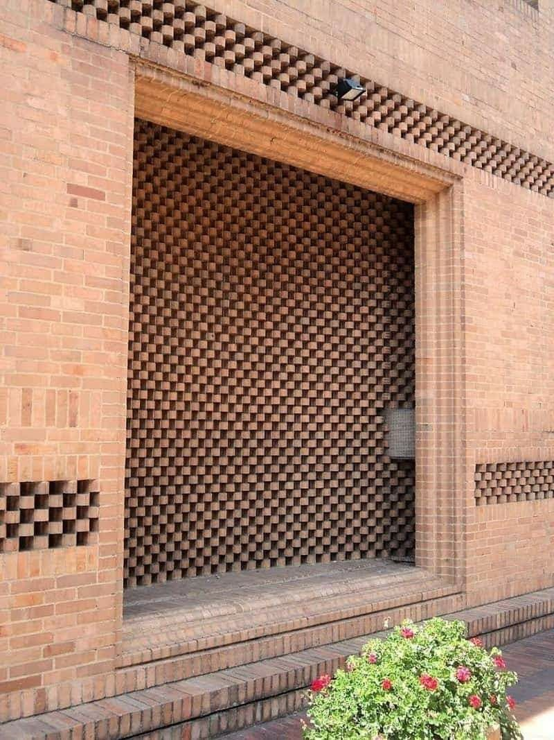 Pin By Handren Abdulrahman On Brick In Architecture Brick Architecture Facade Architecture Brick Art