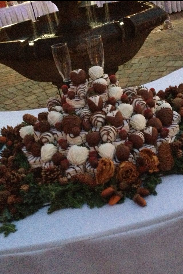 My Friends Wedding Cake Little Debbie Cakes And Chocolate Coveted