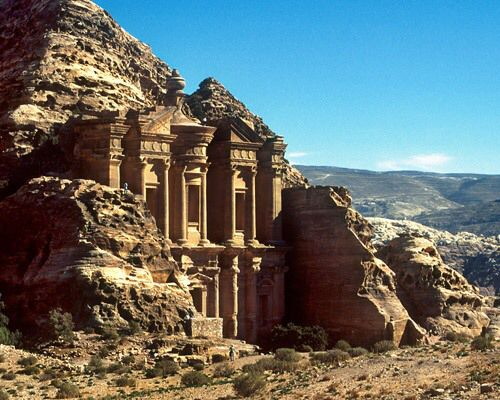 Image from http://www.facts-about-india.com/image-files/petra.jpg.