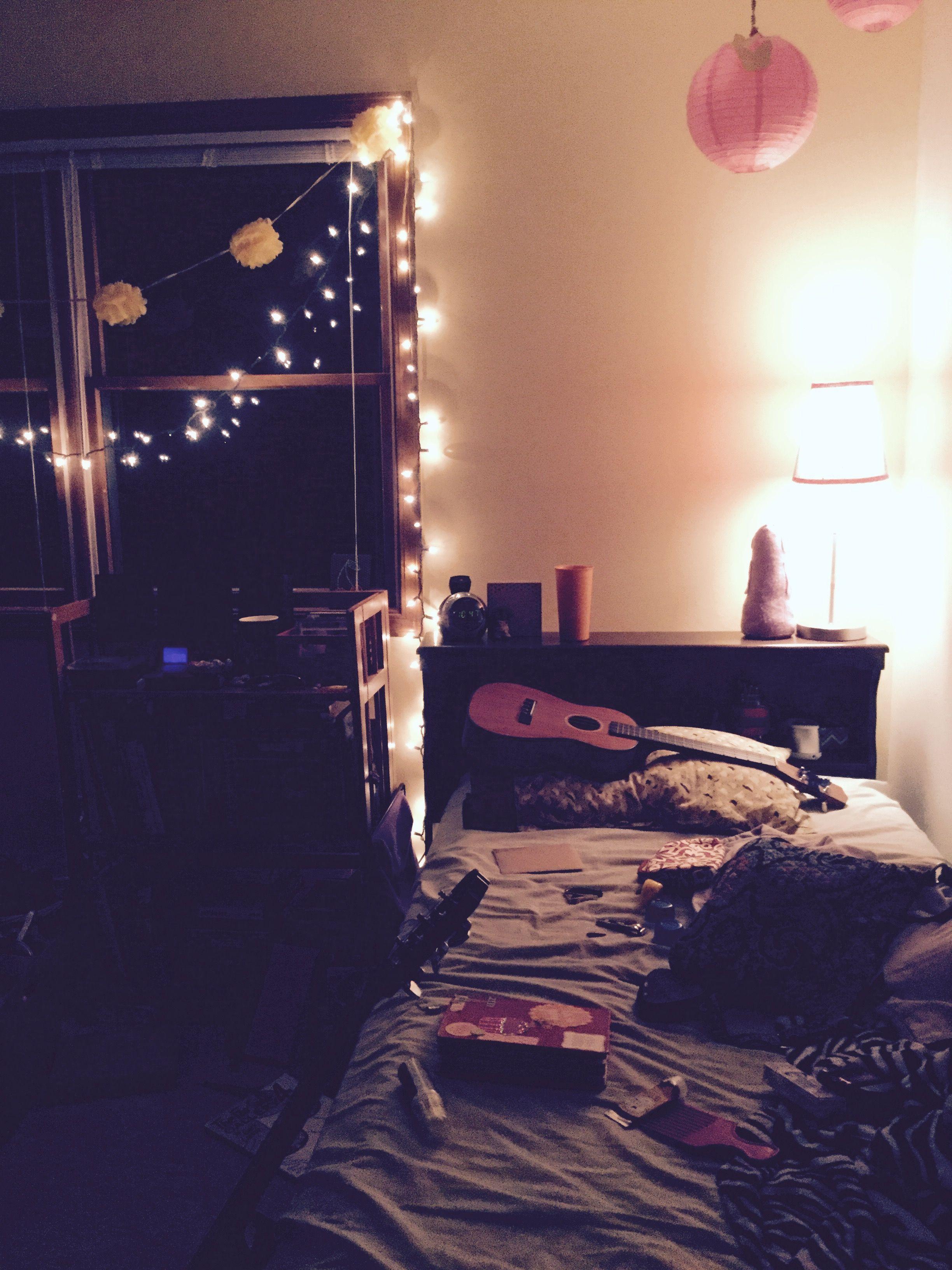 { Pinterest:: Yellowjaye } #insta #lights #twinkly #bedroom #aesthetic