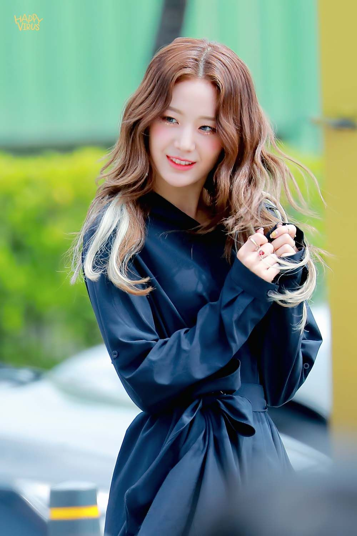 Happyvirus On Twitter Kpop Girls Girl Korean Idol