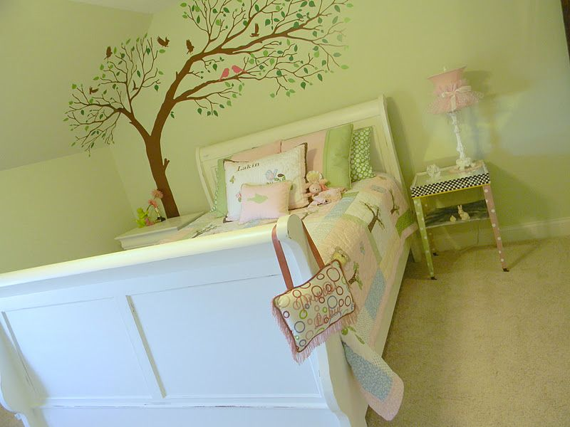 Forever Decorating!: From Baby to Little Girl Room