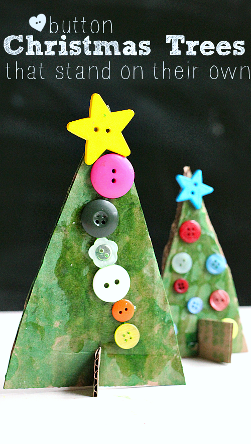 Adorable Christmas tree crafts for kids. So easy and they can even stand up.