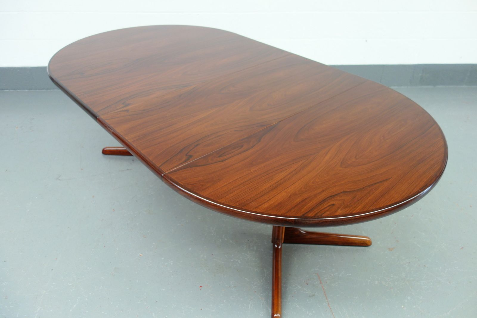 Danish Mid Century Skovby Extendable Dining Table In Brazilian Rosewood