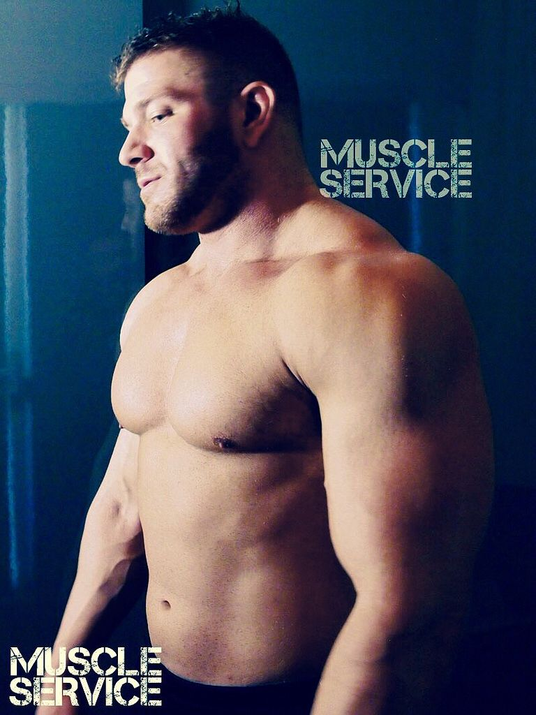 Happy Monday (or Holiday, if you have today off) #bannonmen #muscleservice #muscle #webcam #boss