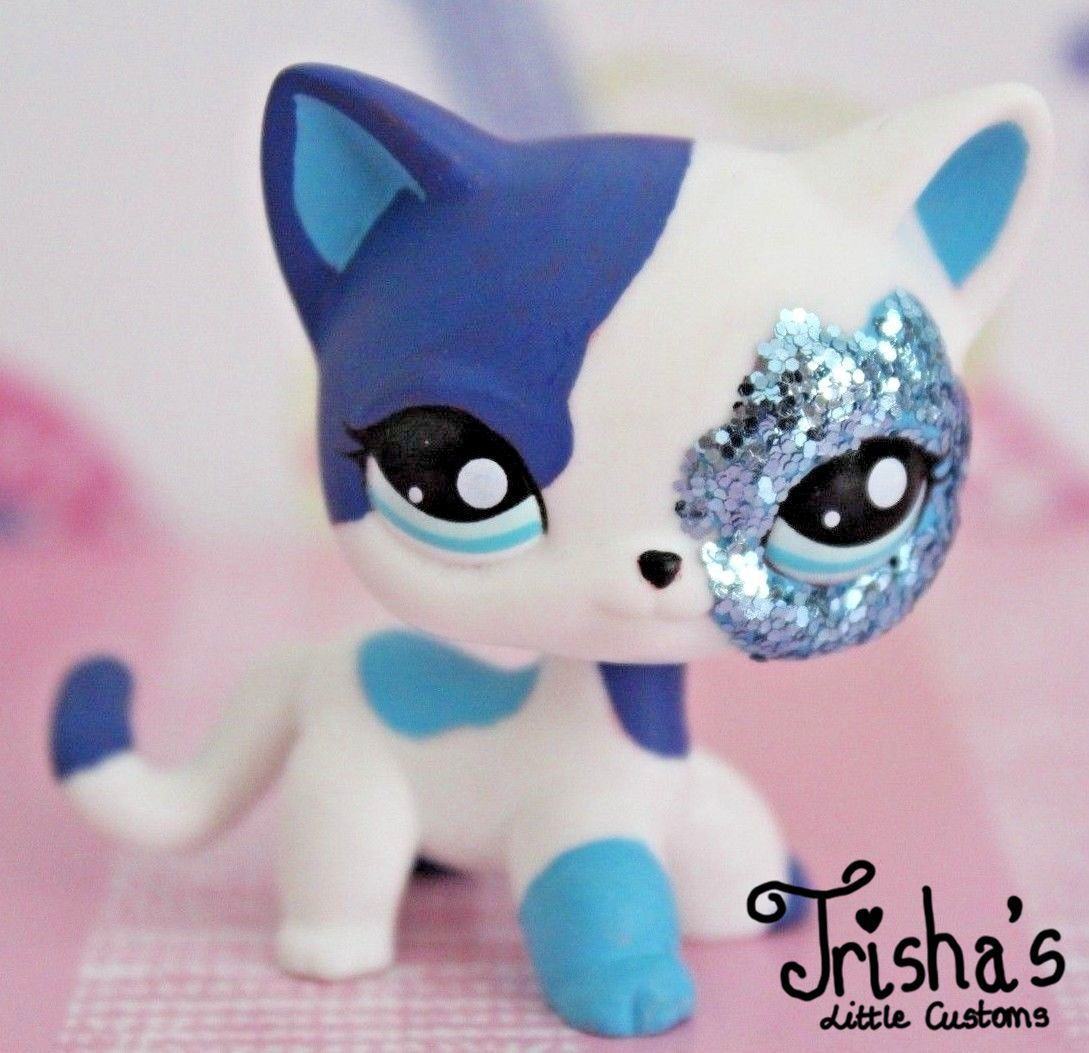 Littlest Pet Shop Custom Blue Glitter Shorthair Cat Available On Ebay Lps Littlest Pet Shop Lps Pets Custom Lps
