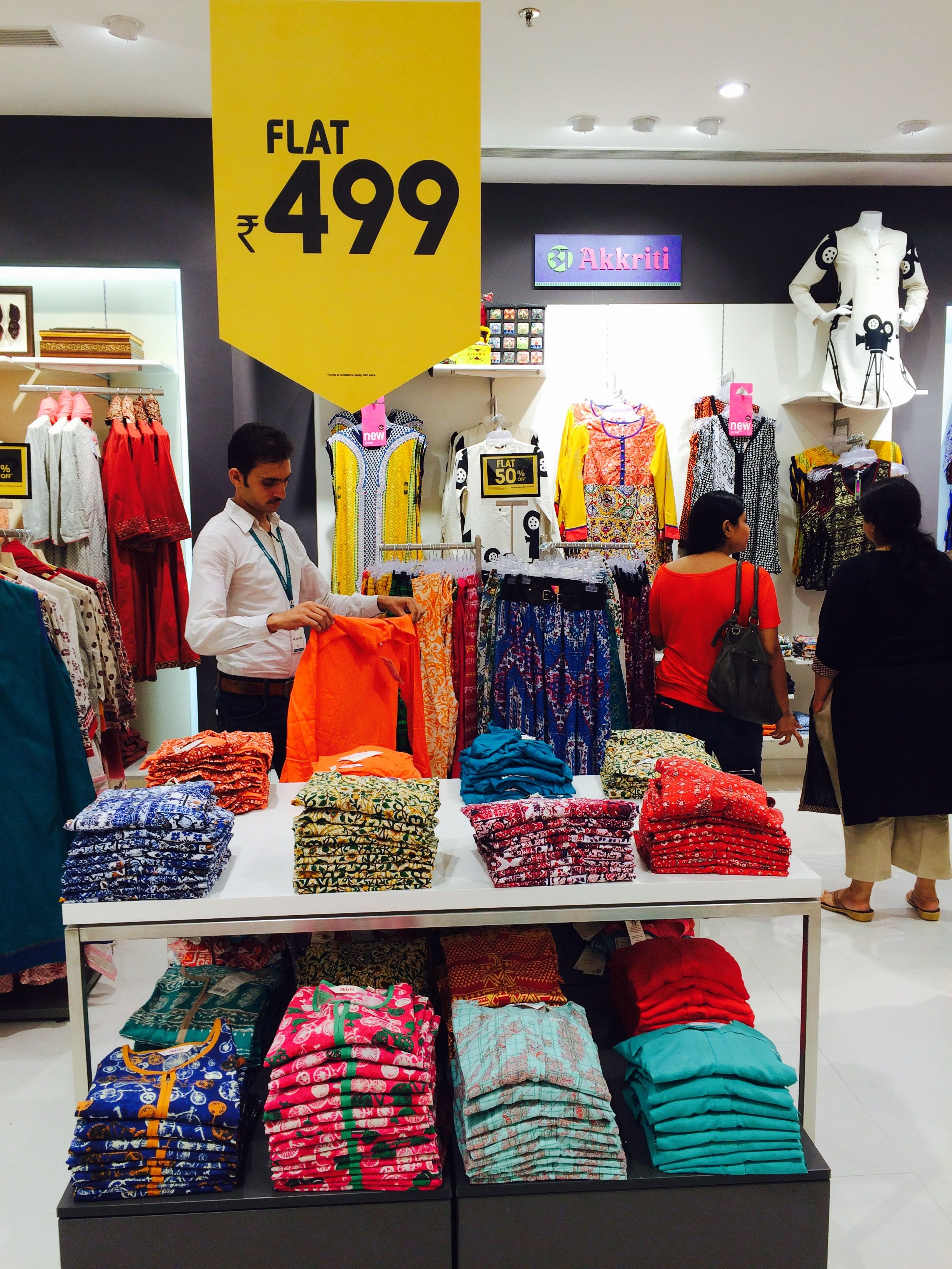 New Store Infiniti Mall Andheri West Mumbai 10 Ideas About Mumbai Mall Infiniti And More