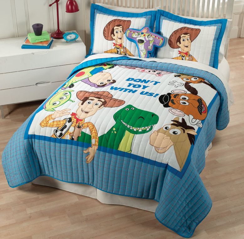 Disney Toy Story Quilt Set With Shams For Twin Or Full Queen