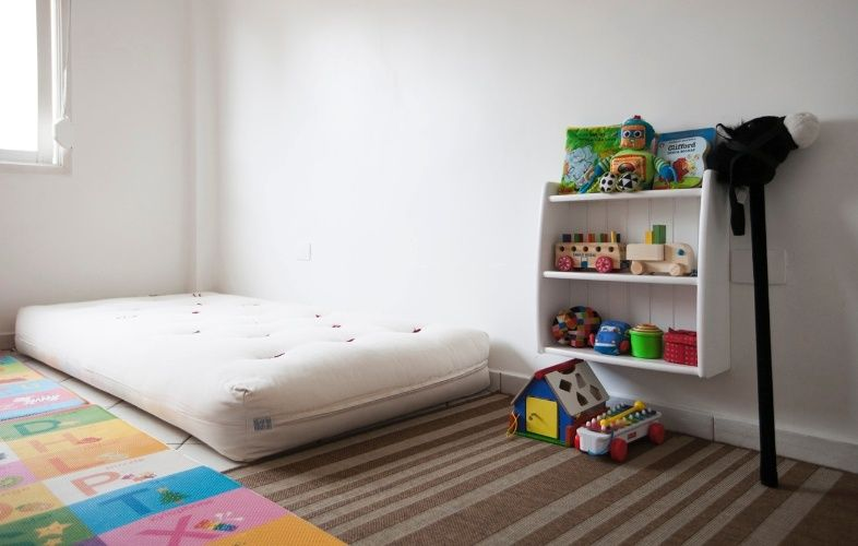 Cama de piso montessori google search rooms for Cuarto montessori