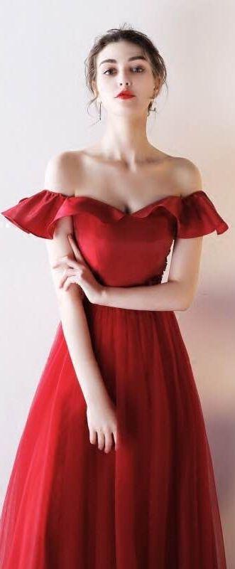 Robe de soirée longue rouge vif sexy épaules dénudées à volants jupe effet  princesse 901117be54c6