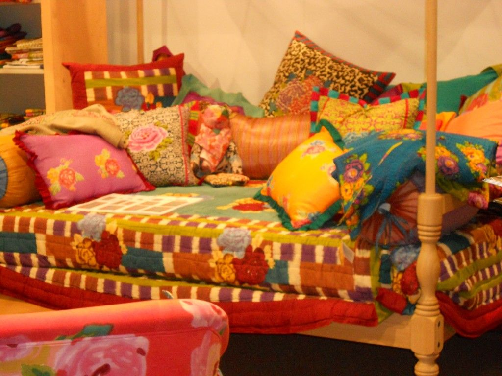 bohemian sofa bed simplistic with chaise ottoman by poundex pin susan mernit on crazy color layers home pinterest