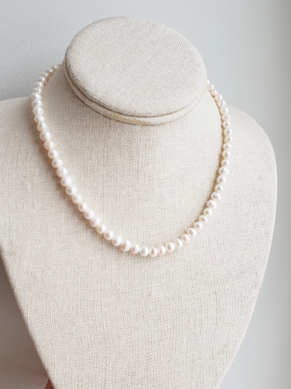 Classic Pearl Necklace in Ivory Freshwater Pearls