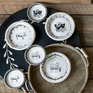 Farmhouse Animal Paper Dessert Plates, Set of 12