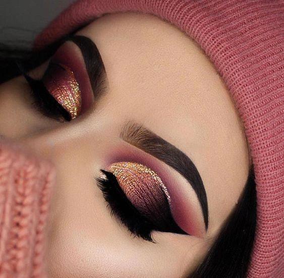 Pink Gold And Black Eye Shadow Look Eyes Eyemakeup Eyeshadow Makeup Makeuplooks Dramatic Makeup Glitter Makeup Bold Makeup