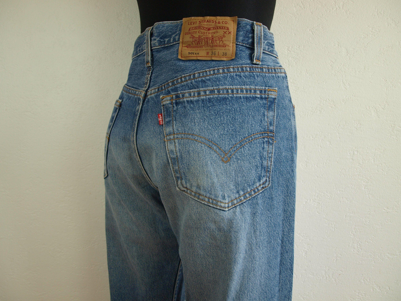 Vintage Levis 501 Size W36 L38 blue light wash Levis 501 100