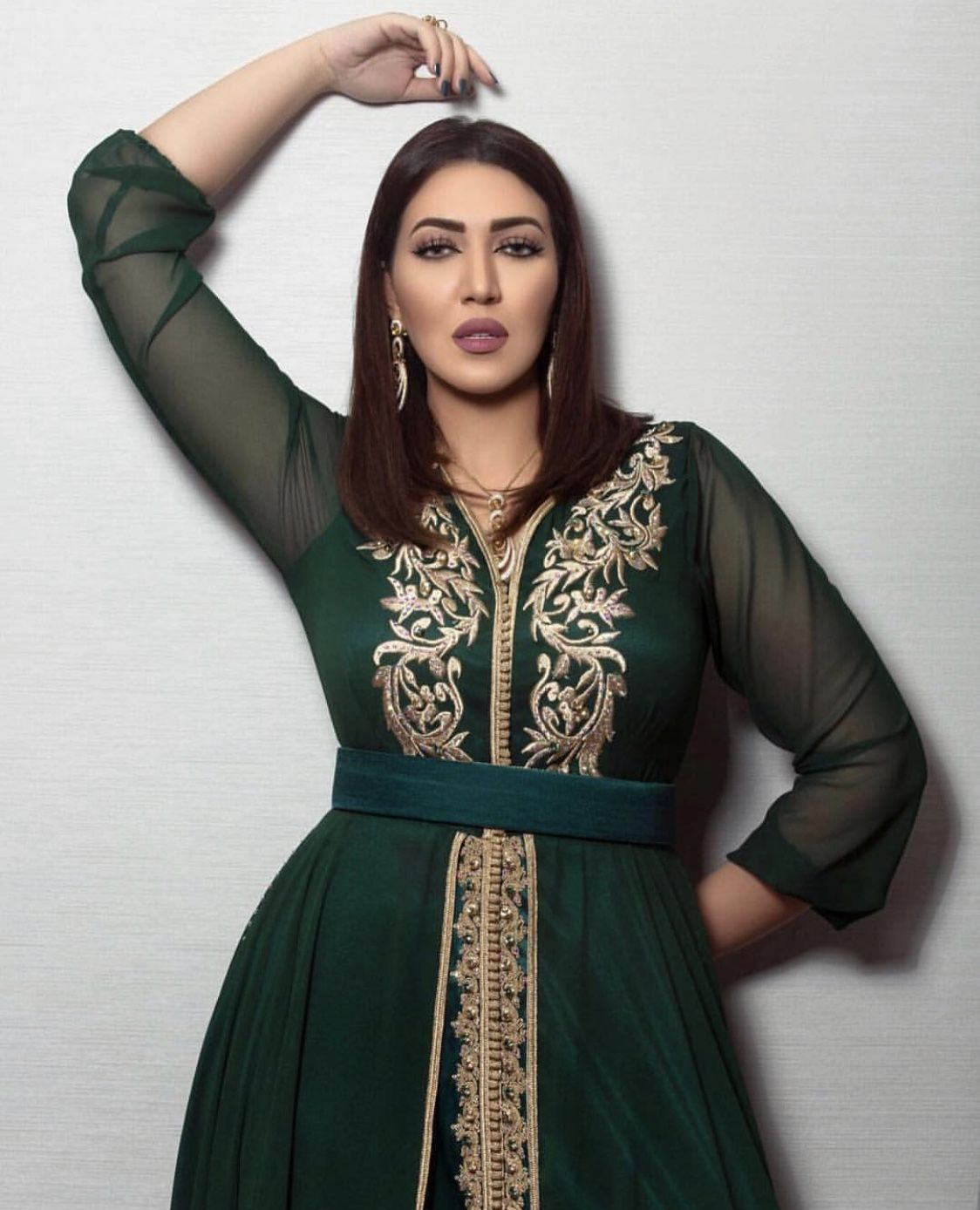 اسماء المنور بقفطان روميو Arab Fashion Moroccan Fashion Moroccan Dress