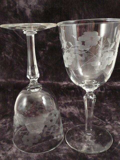 Set Of 2 Antique Crystal Wine Gles