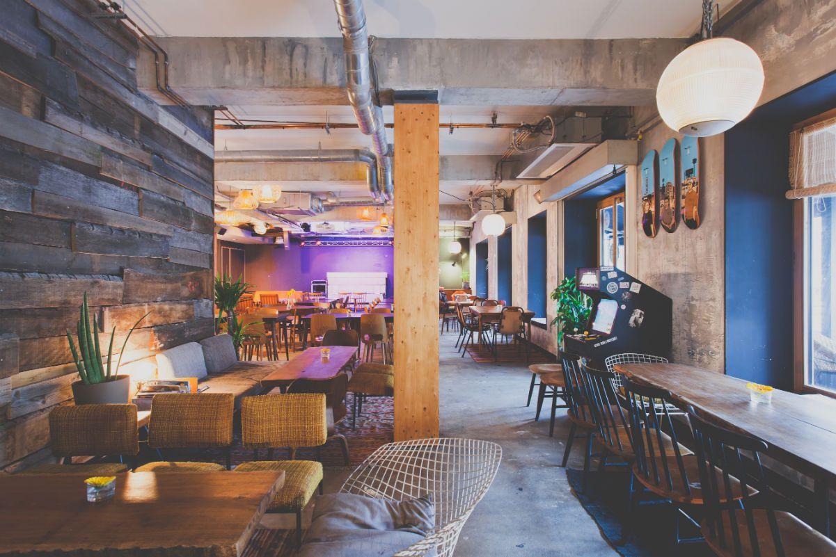 espaces de coworking les caf s paris o travailler bureau partag espace de coworking et caf. Black Bedroom Furniture Sets. Home Design Ideas