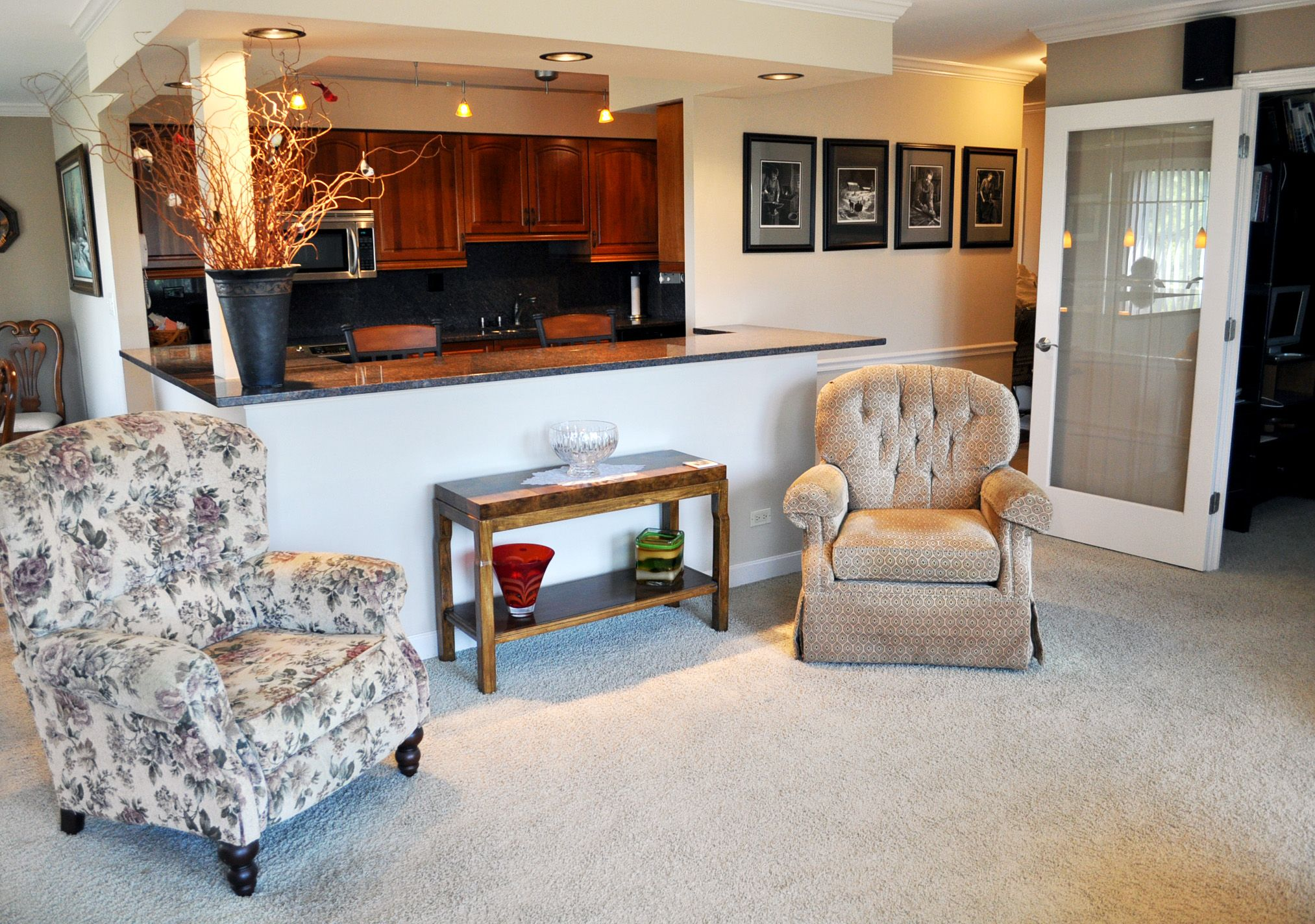 Great open spaces in the main living space! Living