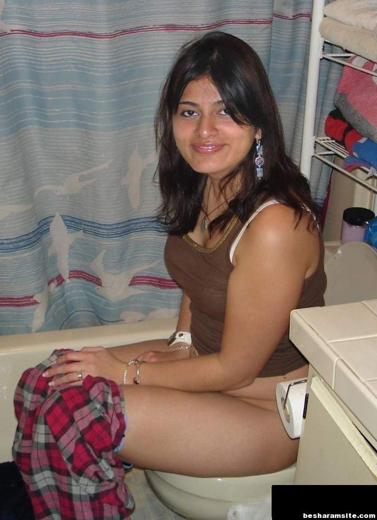 Hot Desi Wife Photo