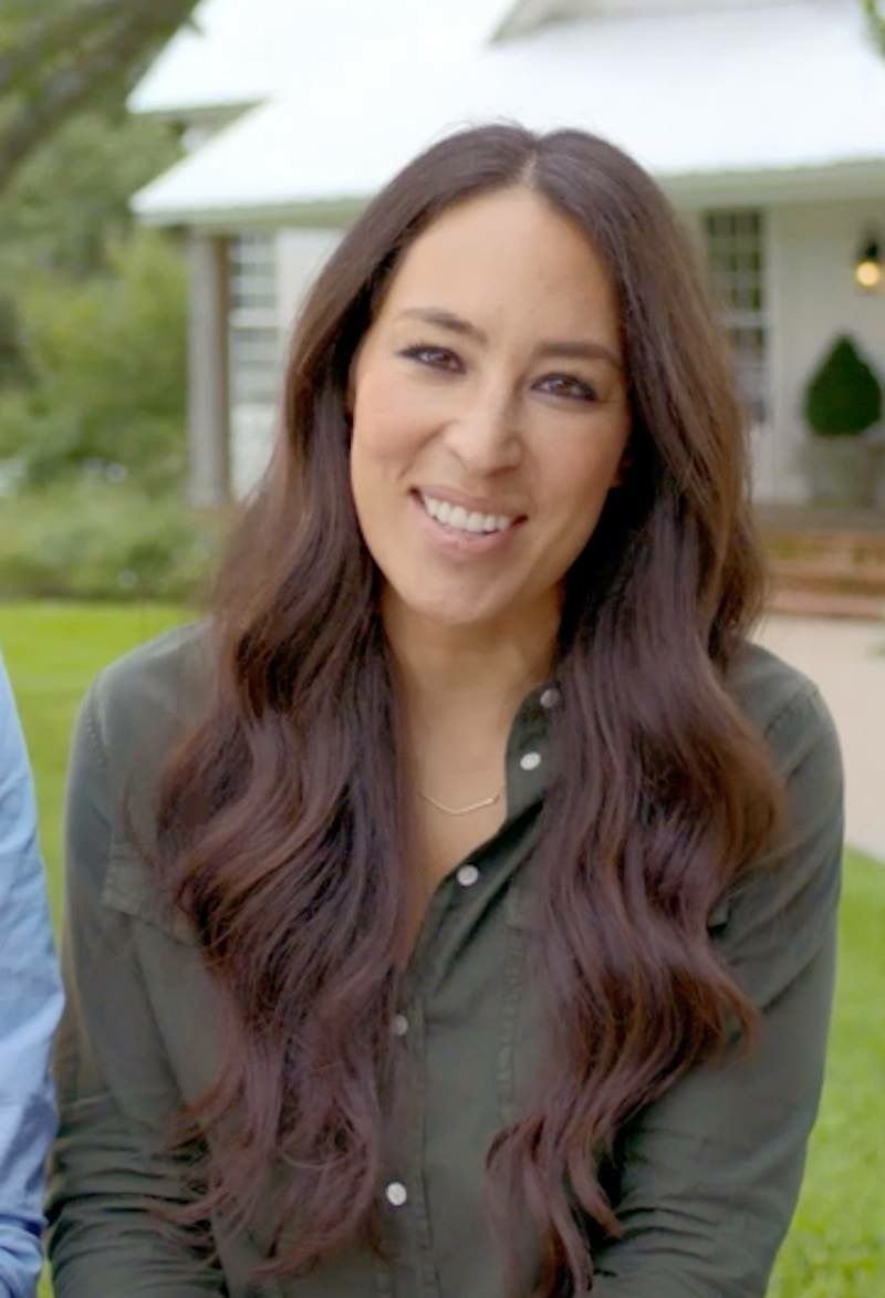Pin By Hope Dickerson On Chip And Joanna Gaines Long Hair Styles Hair Styles Chip And Joanna Gaines