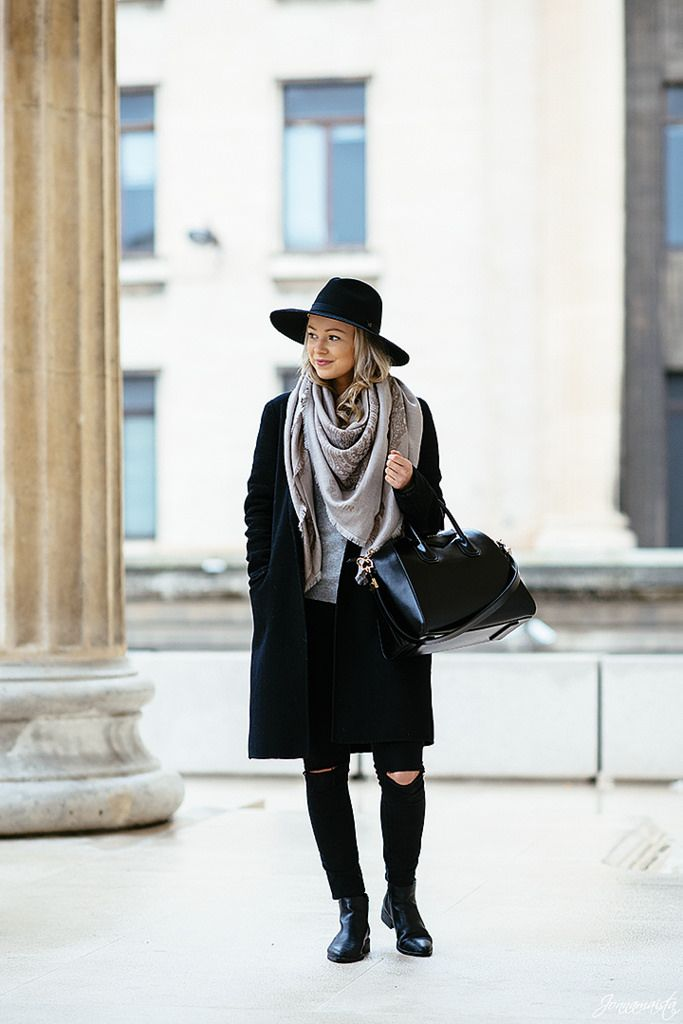 Balmuir scarf