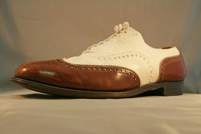 separation shoes cf2d6 624a3 1930s Mens Spat-Style Leather and Nubuck Brown and Ivory Wingtips