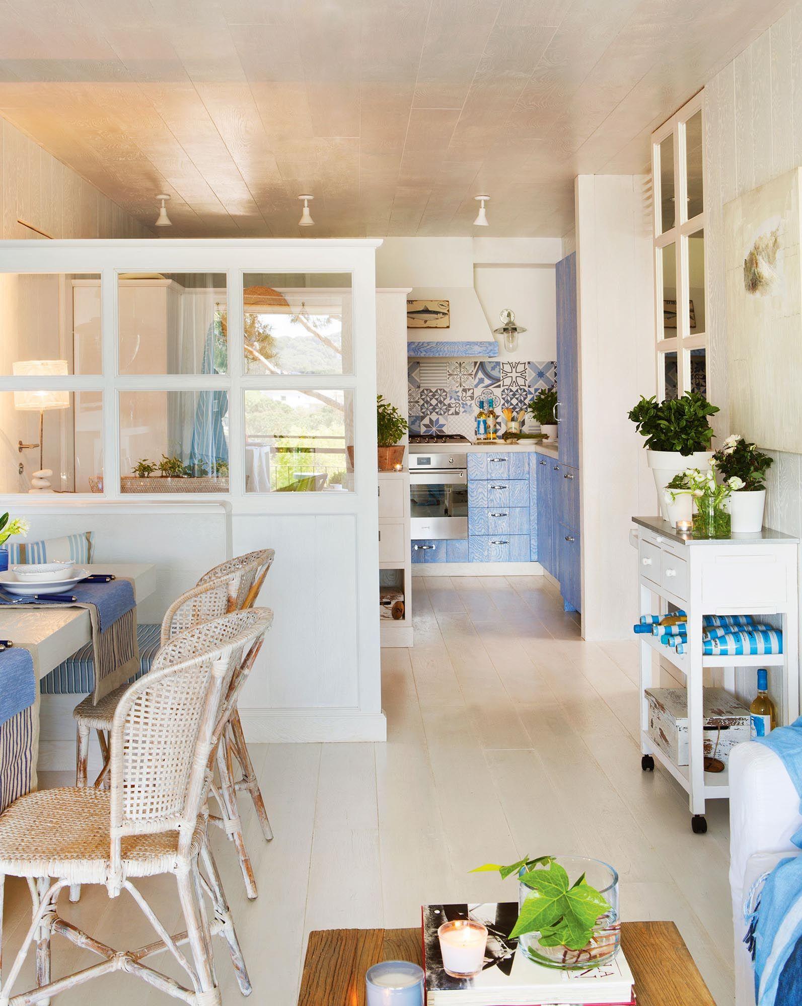 Abierto al piso casa cocinas decoraci n en tonos for Separacion de muebles cocina comedor